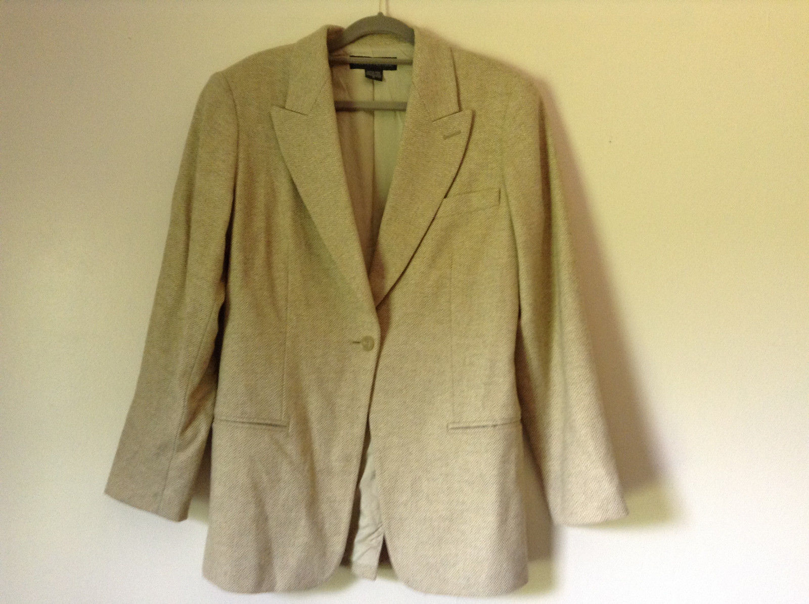 White and Light Brown Design Suit Jacket Blazer by Banana Republic Size 6