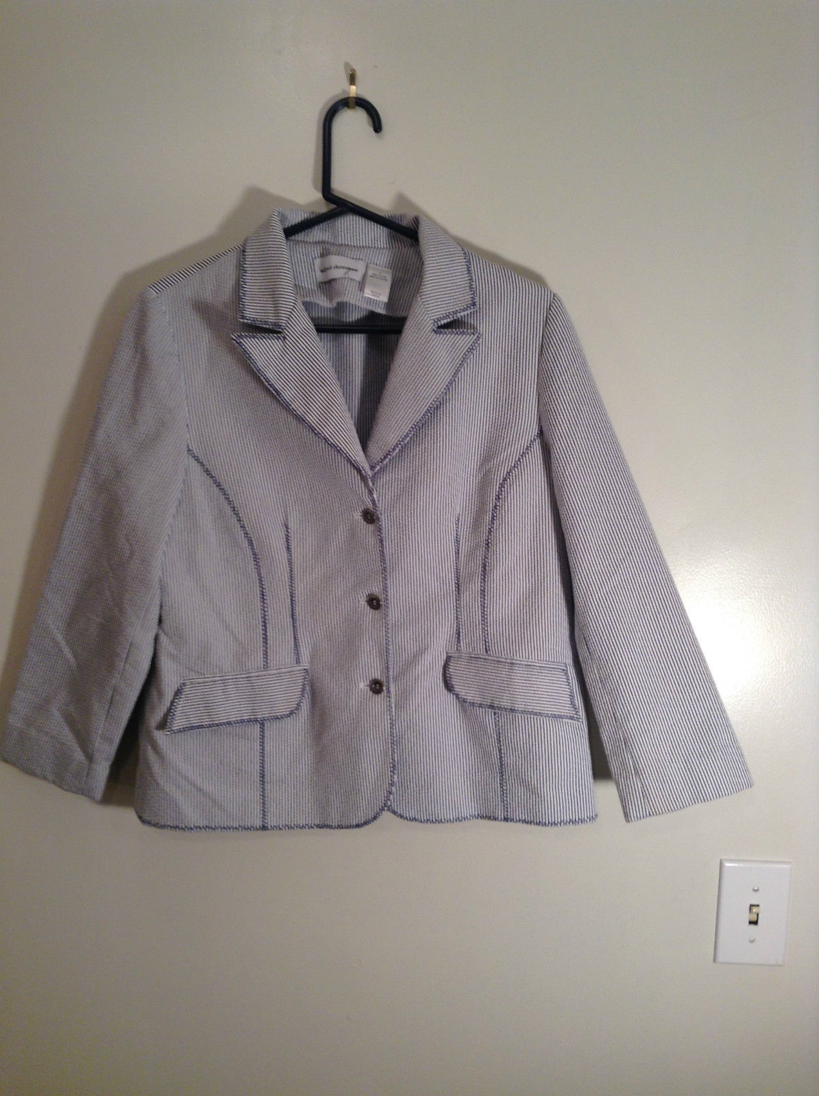 White and Blue Striped Seersucker Long Sleeve Blazer Size 10 Alfred Dunner