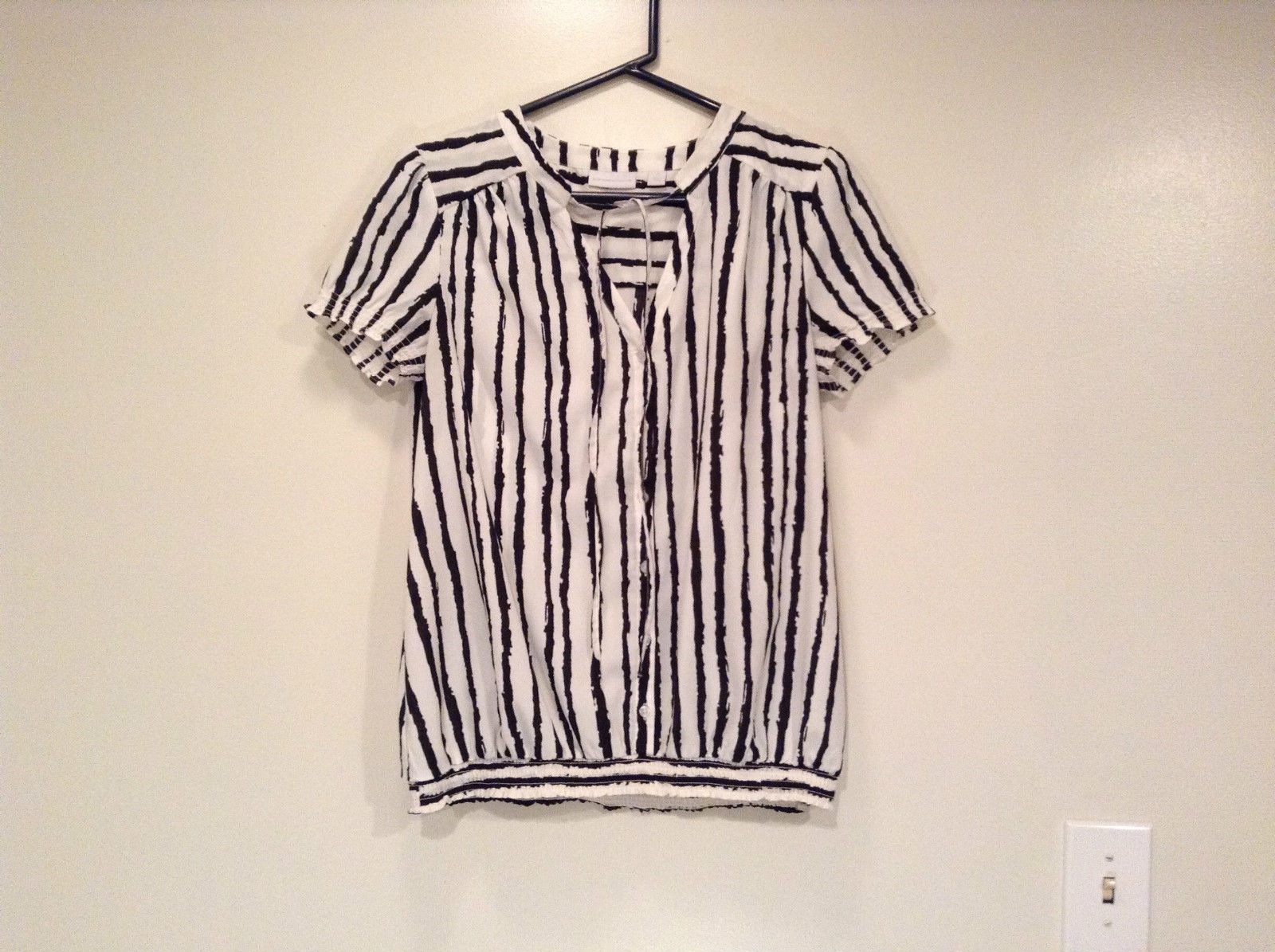 White with Black Stripes Size M New York and Company V Neck Short Sleeve Blouse