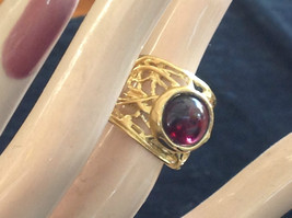 Wide Vine Pattern Sterling Silver 14K Gold Plated Garnet Ring Size Choice 7 or 8