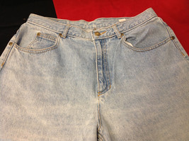 Womens Liz Clairborne Light Wash Denim Blue Jeans size 14