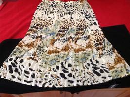 Women's cream black brown skirt size 15 in wide 27 in long