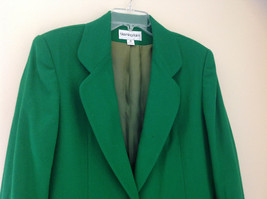 Stunning Bloomingdales Green Single Button Wool Blazer Front Pockets Size 10 image 2