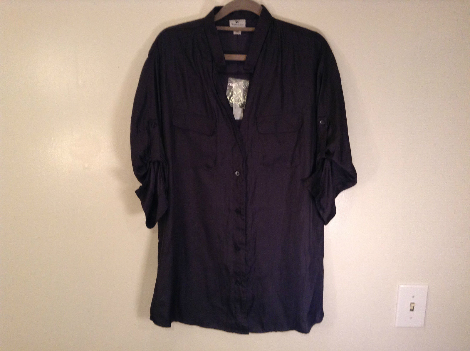 Worthington Long Sleeve Black Button Up Blouse Size M New with Tag Front Pockets