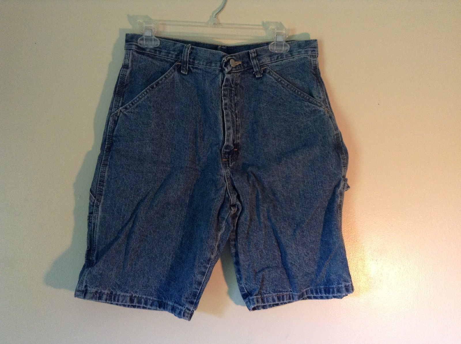 Wrangler Blue Jean Shorts Size 30 Waist Button and Zipper Closure Pockets