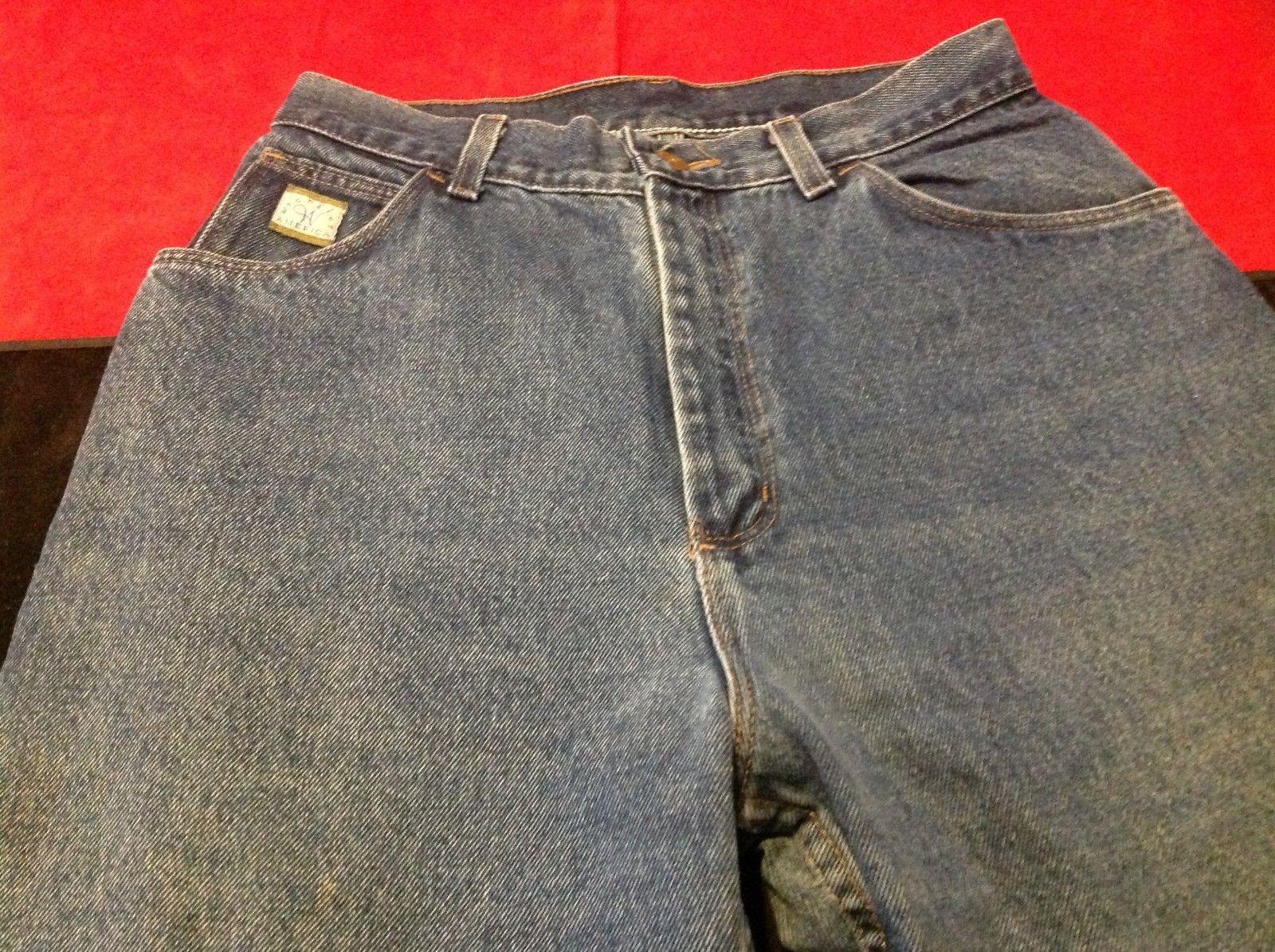 Wrangler man's Jeans size medium  12