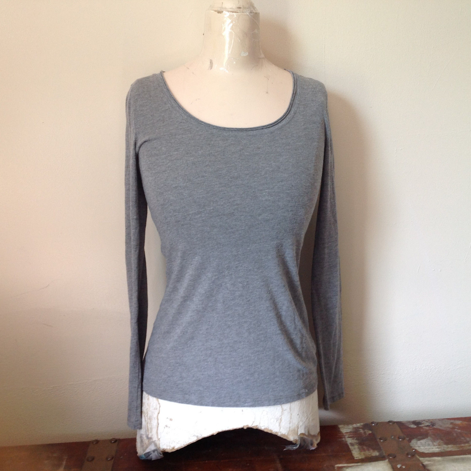 Xhilaration Light Weight Gray Long Sleeve Top Cotton Polyester Blend Size Medium