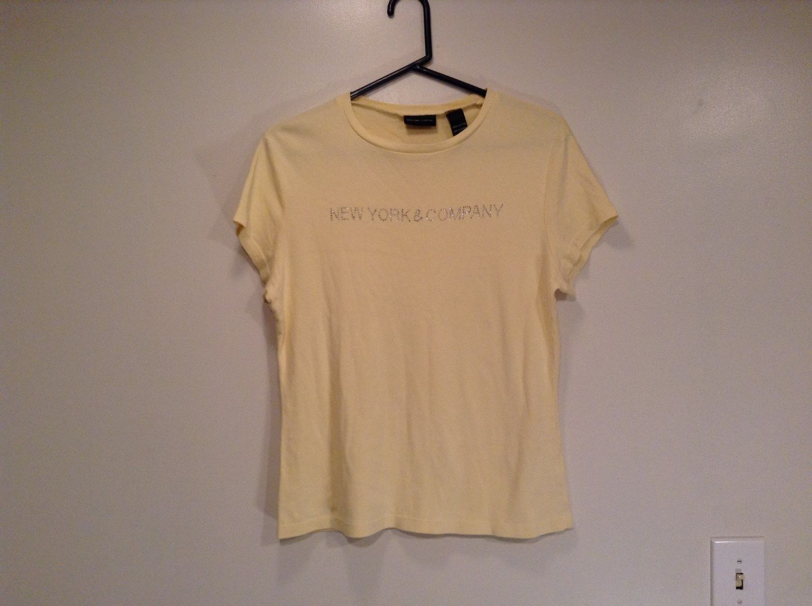 Yellow Short Sleeve Top New York and Company on Front Crystals Size XL Cotton