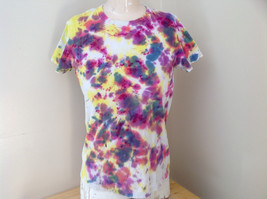 Yellow Pink Green Tie Die Swirl Short Sleeve T-Shirt by Starter Size Small