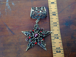 Stylish Gold Tone Scarf Pendant Star Shaped Red Beads and Red Crystals image 4