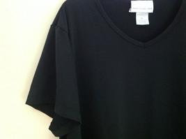 Susan Graver Black V-Neck Short  Sleeve Shirt  Size 3X image 3