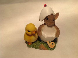 You're One of a Kind Charming Tails Figurine Mouse in Egg Shell With Chick