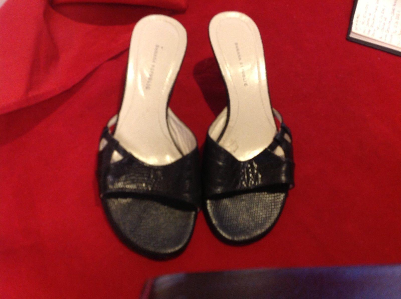 banana republic black 3 inch heels size 5 1/2