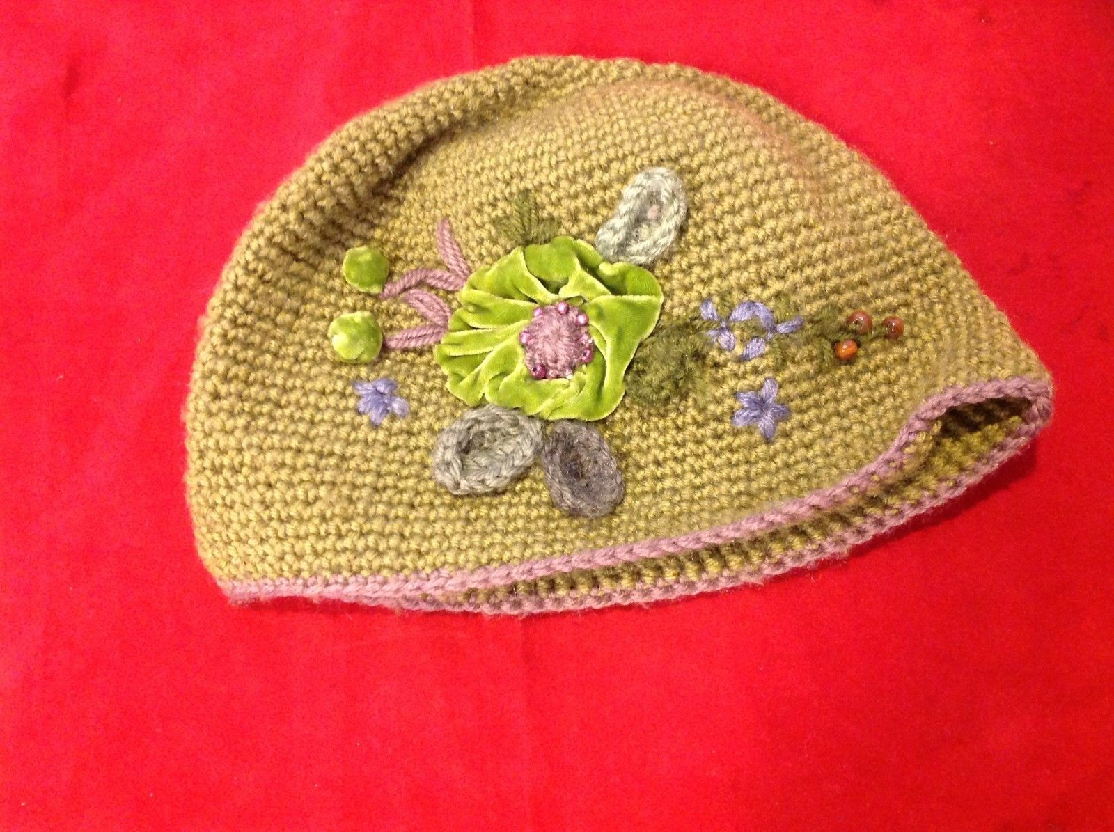 flowered winter hat green flower