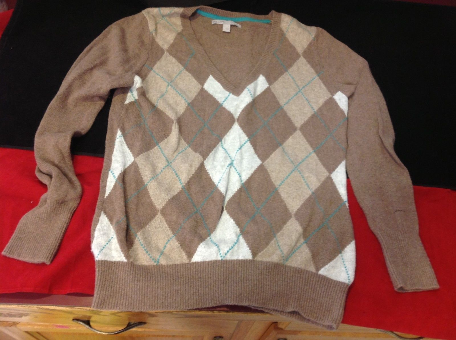 old navy sweater for women size Large light brown beige patterns argyle