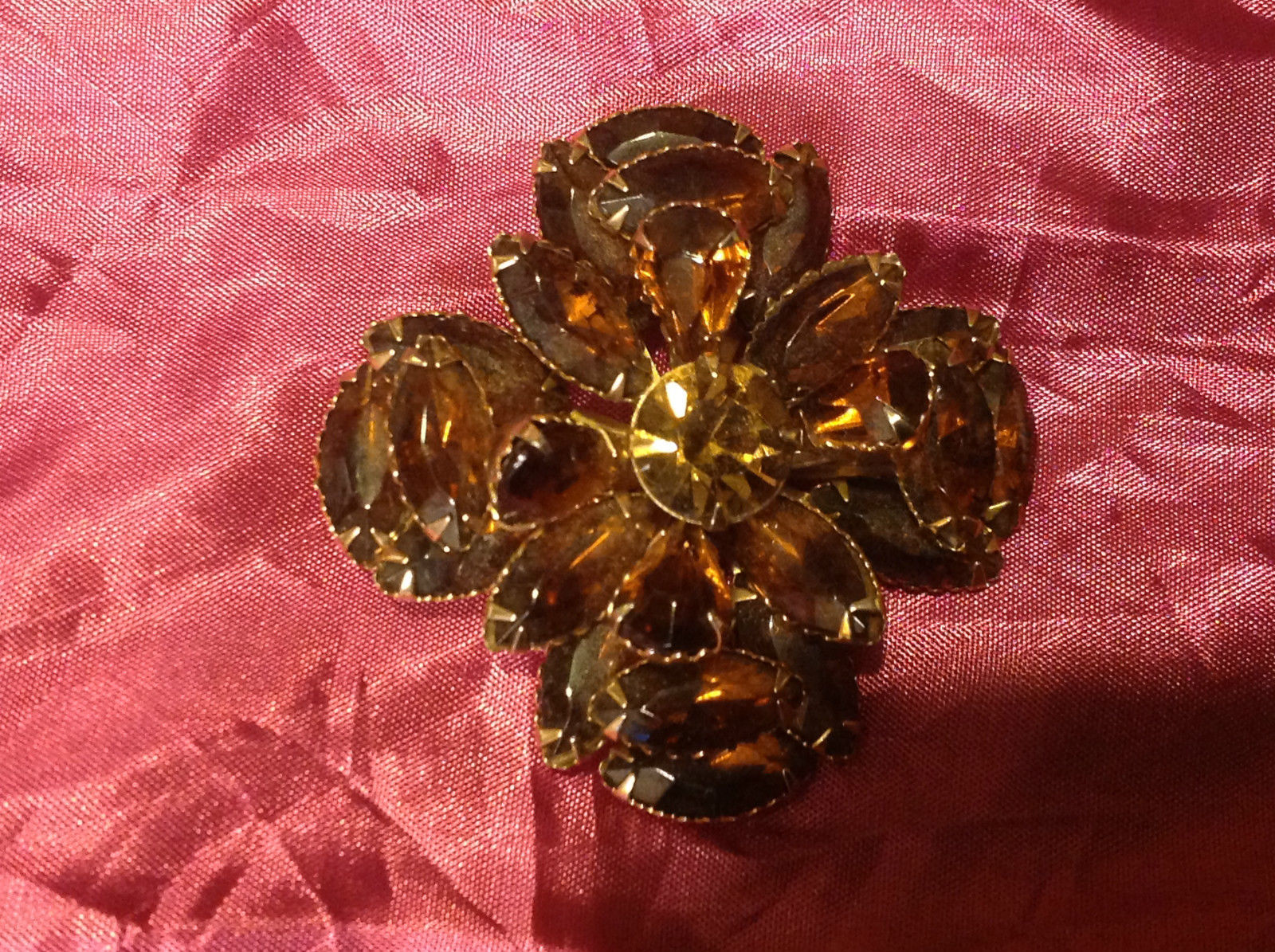 vintage brown flower brooch 3""