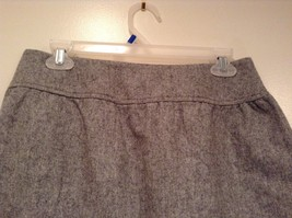 Very Cute Light Gray GAP Skirt Side Pockets Two Pockets on Front Size 2 image 4