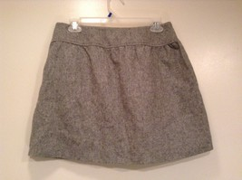 Very Cute Light Gray GAP Skirt Side Pockets Two Pockets on Front Size 2 image 3