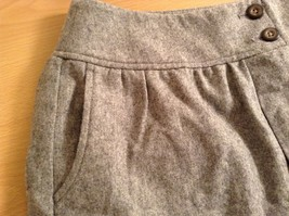 Very Cute Light Gray GAP Skirt Side Pockets Two Pockets on Front Size 2 image 8