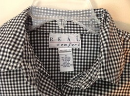 Very Cute Real Comfort Black and White Checkered Button Up Shirt Size Small image 4