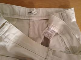 Very Nice Light Gray Size 18W Petite Casual Capri Pants by Lee image 8