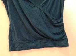 Very Nice Papaya Dark Blue Green Teal Sleeveless Top Size Medium image 3