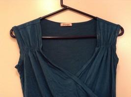 Very Nice Papaya Dark Blue Green Teal Sleeveless Top Size Medium image 2