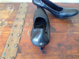 Black Kenneth Cole Shoes High Heels Leather Outside Excellent Condition Size 37 image 8