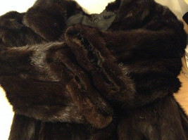 Black Mink Fur Coat Fur in Good Condition Size 14 Rebecca Chase image 10