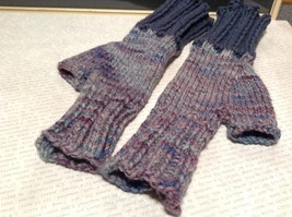 Woven Lavender Fingerless Gloves for Small Hands Hand Knitted VERY Soft image 2