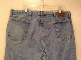 Wrangler Blue Jeans Straight Legs 100 Percent Cotton Size 42 by 30 image 6