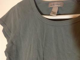 i.e. relaxed olive ribbed t shirt size Medium image 2
