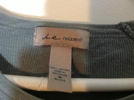 i.e. relaxed olive ribbed t shirt size Medium image 3