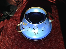 Blue Enamel Metal vintage retro Colander Strainer With Handles
