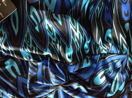 Blue and Black Design New Dress with Tag V Neckline Size 8 and Size 10 image 7