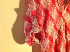 Bongo Red Plaid Button Purple Lace Upper Back Shirt V-Neckline Size Large image 3