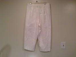 Briggs New York Size 16W White Casual Capri Pants image 5