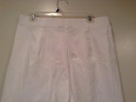 Briggs New York Size 16W White Casual Capri Pants image 6
