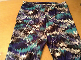 Bright Spring Summer Vibrant Colored leggings NEW in package  image 13