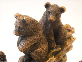 Bronzed resin Bear cubs cornered and scared by a squirrel  NEW image 3