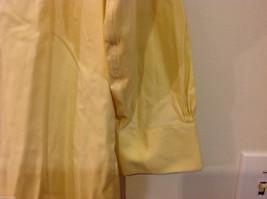 Brooks Brothers Soft Yellow 100% cotton Shirt, Size 16-1/2 (33), No pockets image 6
