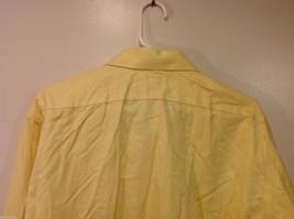 Brooks Brothers Soft Yellow 100% cotton Shirt, Size 16-1/2 (33), No pockets image 7