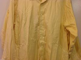 Brooks Brothers Soft Yellow 100% cotton Shirt, Size 16-1/2 (33), No pockets image 4