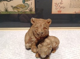 Brown Tone Metal Hollow Vintage Mother Bear with Cub Statue Figurine image 3