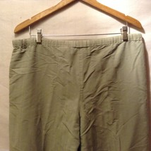 Caribbean Joe Womans Olive Green Pants, Size Medium image 8