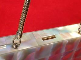 Capiz vintage square handbag for cosmetics image 9