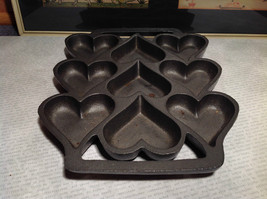 Cast Iron Vintage Cookie Mold Heavy Bakes 9 Heart Shaped Cookies image 2