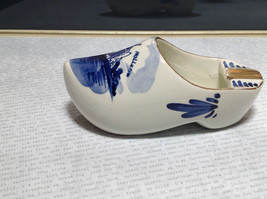 Ceramic Hand Painted Dutch Shoe with Windmill Made in Holland Gold Tone Accents image 5