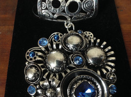 Charming Silver Tone Scarf Pendant Large and Small Blue Crystals by Magic Scarf image 3