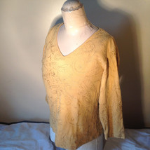 Chicos Gold Yellow V Neck Top Three Quarter Length Sleeves Size 1 image 7